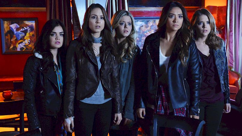 Pretty Little Liars - Vote For Your Favorite Moment From Season 4 Of PLL! - Thumb