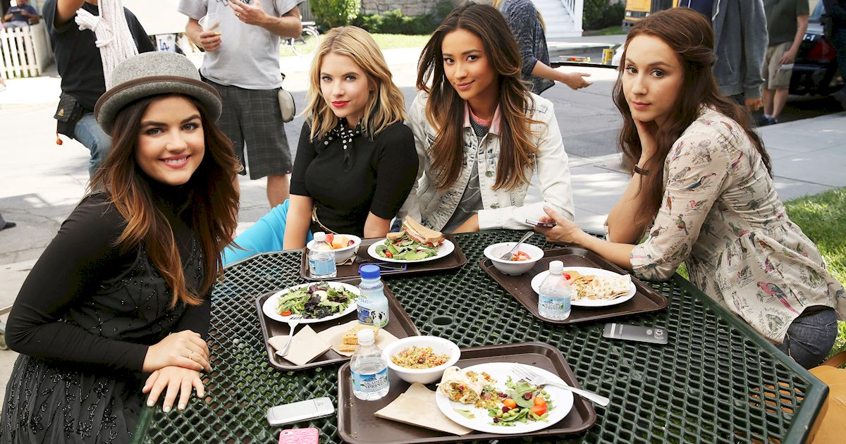 Pretty Little Liars - #TBT! Flashback To Season 5 With These Behind The Scenes Photos! - 1005