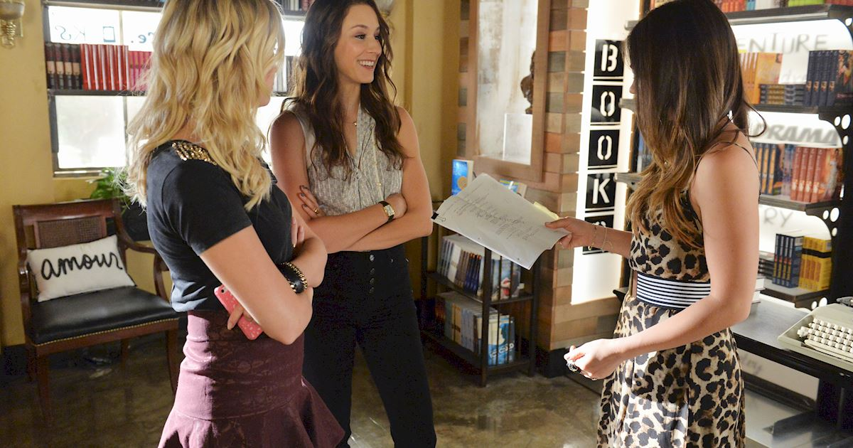 Pretty Little Liars - #TBT! Flashback To Season 5 With These Behind The Scenes Photos! - 1011