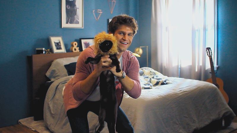 Pretty Little Liars - You Cannot Miss Keegan Allen Dropping Sick Beats For His Feline Friends! - Thumb