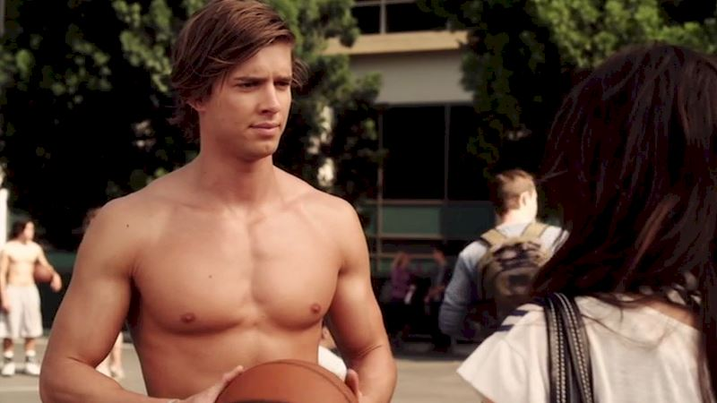 Pretty Little Liars - OMG! Jason Is Definitely Coming Back To PLL! - Thumb