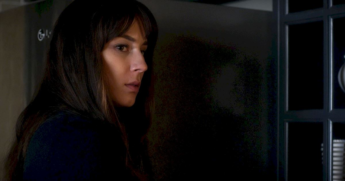 Pretty Little Liars - 14 Things You Might Have Missed In Bedlam! - 1002