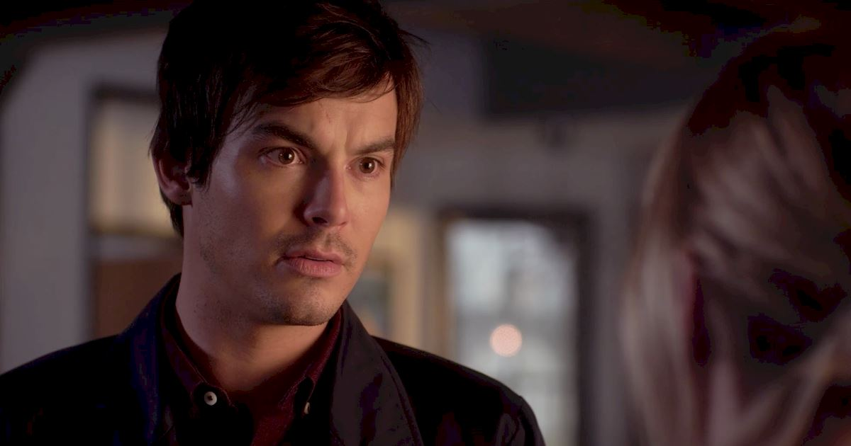 Pretty Little Liars - Your Official Recap for Season 7 Episode 2: Bedlam - 1002