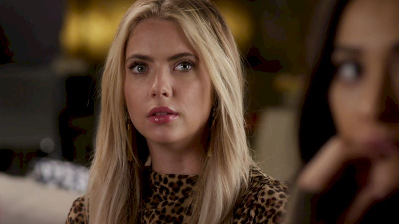 Pretty Little Liars - OMG! Find Out Who's Back In The New Promo! - Thumb