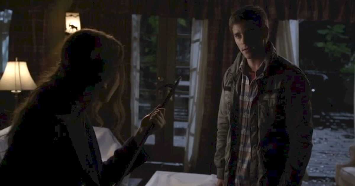 Pretty Little Liars - OMG! Noel Kahn Is Back In Rosewood! Relive His Most Devious Deeds Right Here! - 1011