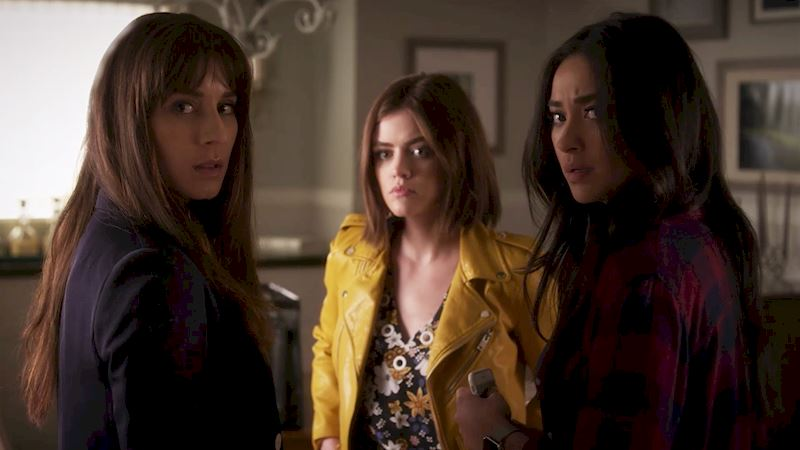 Pretty Little Liars - 10 'Would You Rather' Questions About PLL That Are Impossible To Answer! - Thumb