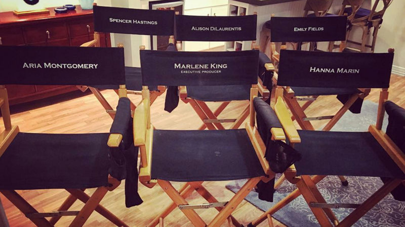Pretty Little Liars - BREAKING NEWS! I. Marlene King Announces That PLL Will End In 2017 - Thumb
