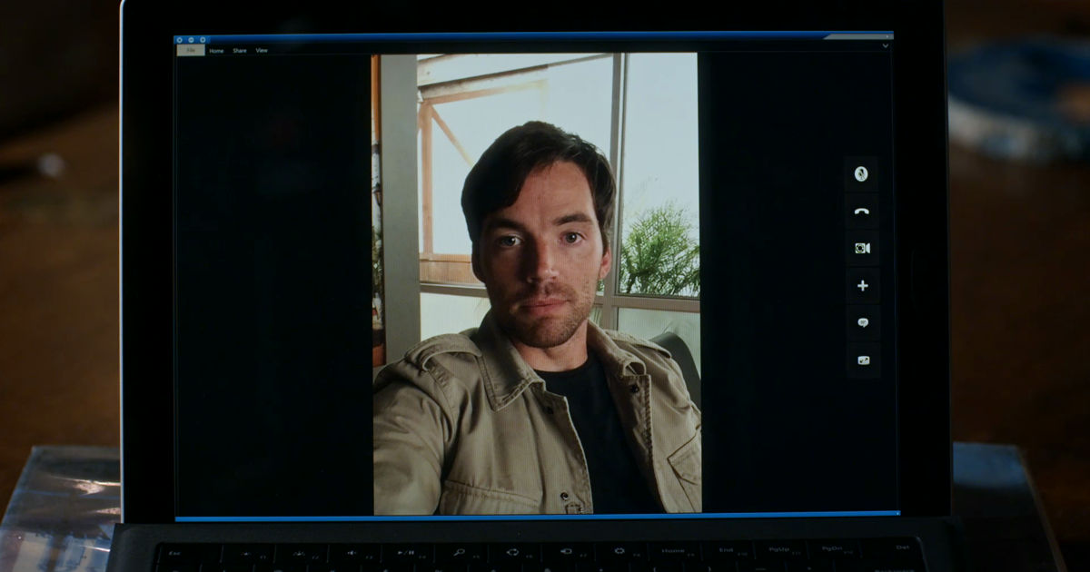 Pretty Little Liars - WOW! Did Ezra Seriously Just Do That To Aria?!  - 1002