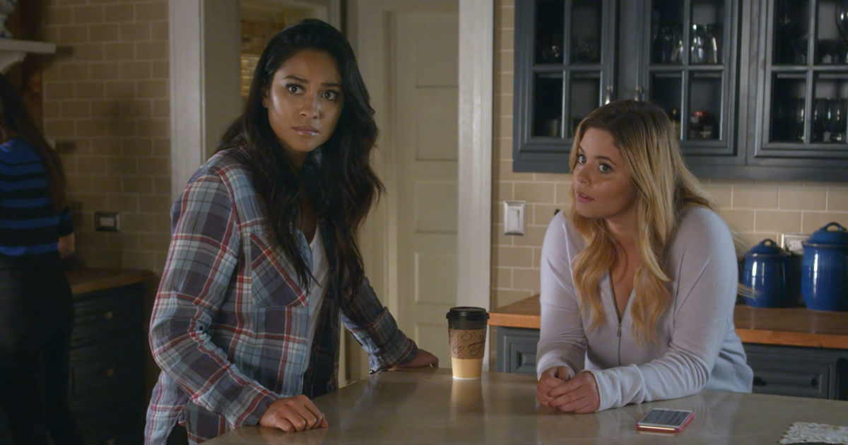 Pretty Little Liars - Catch Up With All The Emison Highs and Lows From Season 7A Right Here!  - 1018
