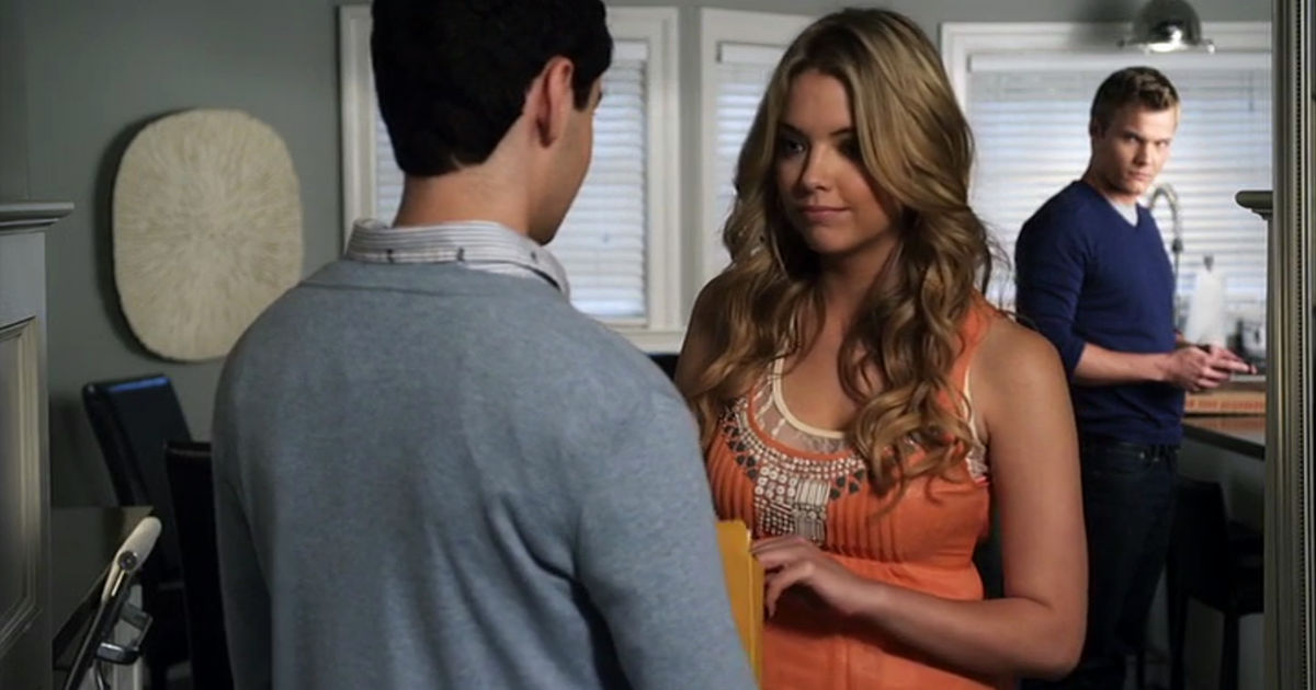 Pretty Little Liars - Lucas And Hanna's Unlikely Friendship Gave Us All The Feels In Season 1!  - 1007