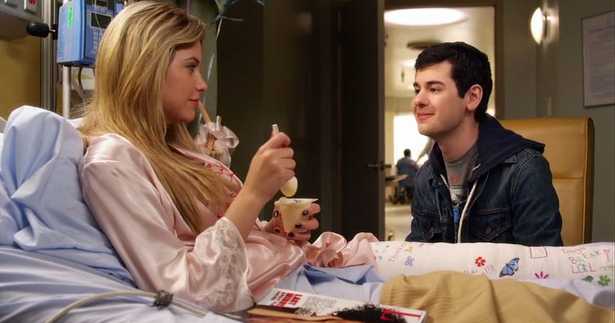 Pretty Little Liars - Lucas And Hanna's Unlikely Friendship Gave Us All The Feels In Season 1!  - 1010
