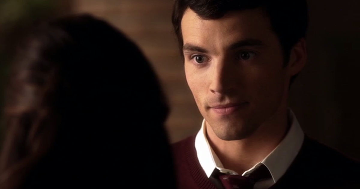 Pretty Little Liars - Nicole Wasn't The Only Ex Of Ezra's To Threaten His Relationship With Aria... - 1009