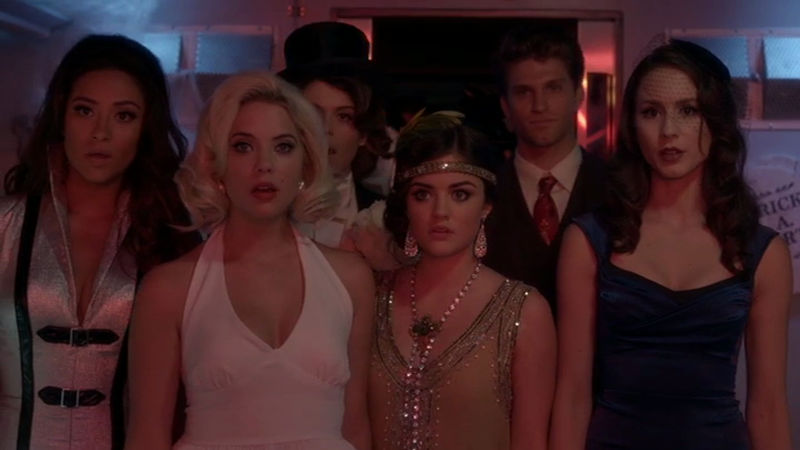 Pretty Little Liars - Are You Truly Ready For Halloween? Prove It With This Quiz!  - Thumb