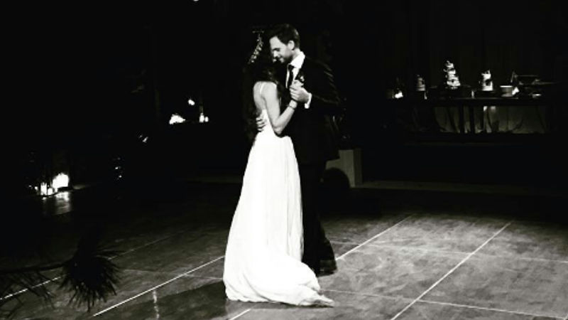 Pretty Little Liars - These Photos Of Troian Bellisario's Wedding Are EVERYTHING!  - Thumb