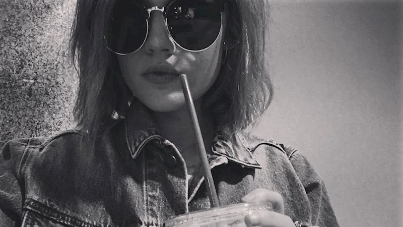 Pretty Little Liars - 17 Reasons Why We ♥ Lucy Hale  - Thumb