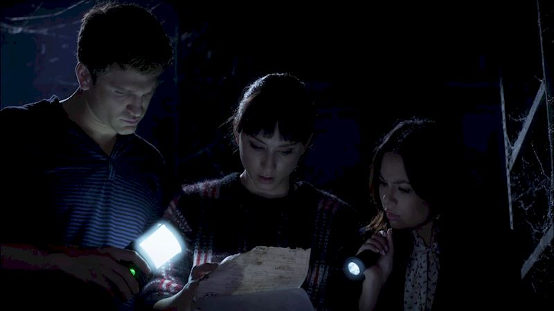 Pretty Little Liars - 22 Shocking Things We Learned From The PLL Finale! - Thumb