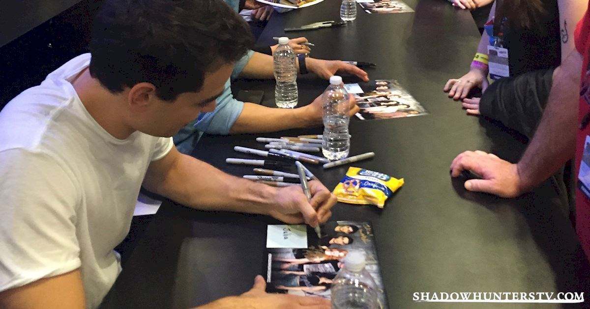 Shadowhunters - Saturday Live Blog: Shadowhunters at New York Comic Con - 960
