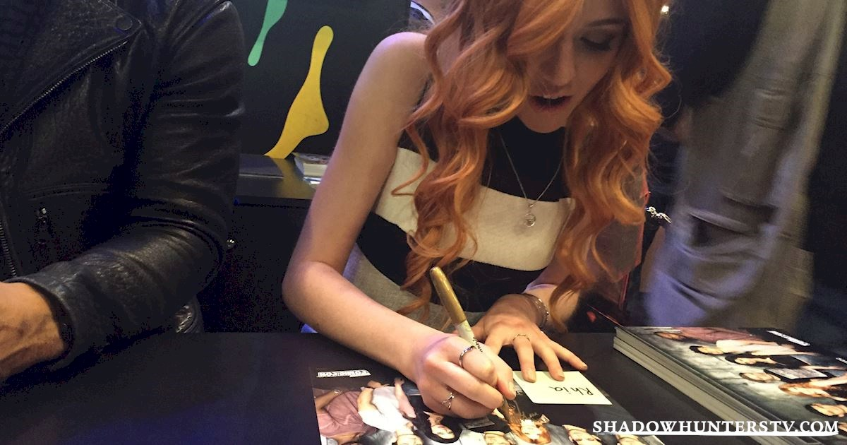Shadowhunters - Saturday Live Blog: Shadowhunters at New York Comic Con - 969