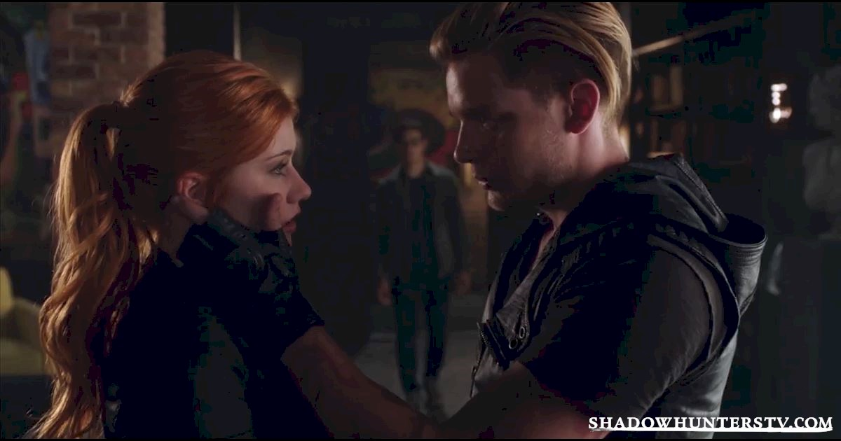 Shadowhunters - 10 Signs Your BFF Is The Simon To Your Clary - 1006