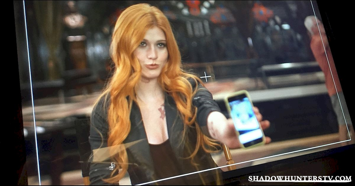 Shadowhunters - 8 Ways Clary Fray Is Every One of Us - 1001