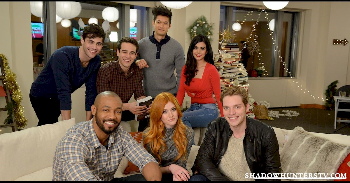 Shadowhunters - Live Blog: A Winter Wonderland with the Shadowhunters Cast - 998