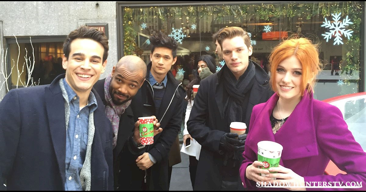 Shadowhunters - Live Blog: A Winter Wonderland with the Shadowhunters Cast - 999