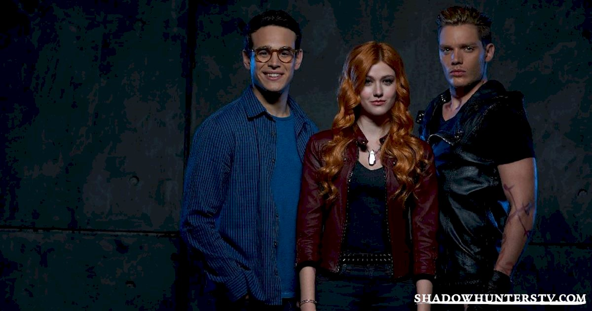 Shadowhunters - 10 Things Only People Who Are Obsessed With Christmas Understand - 1012