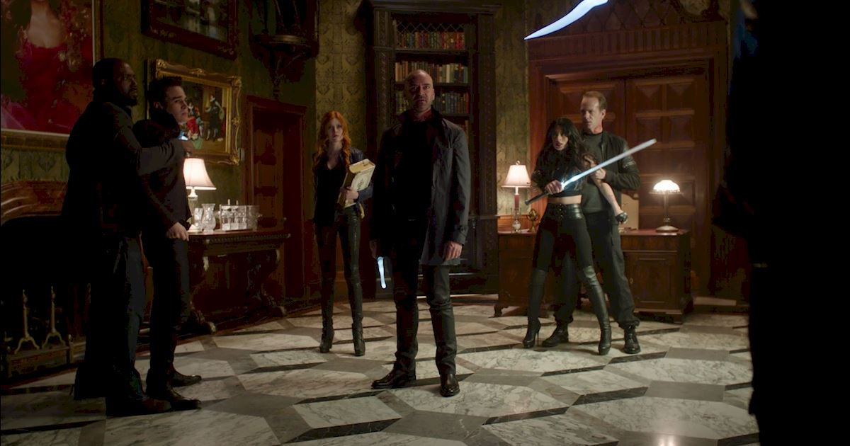 Shadowhunters - The Case for Valentine Morgenstern's Dad-Skills  - 1007