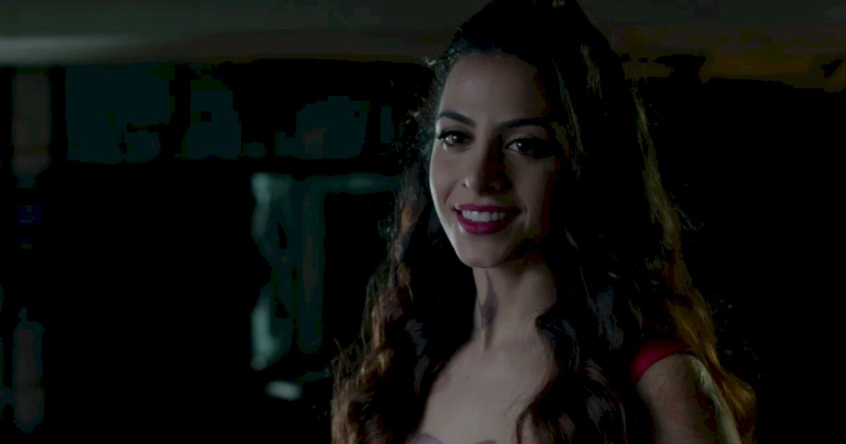 Shadowhunters - 60 Times Izzy And Alec Were Sibling Goals! - 1007