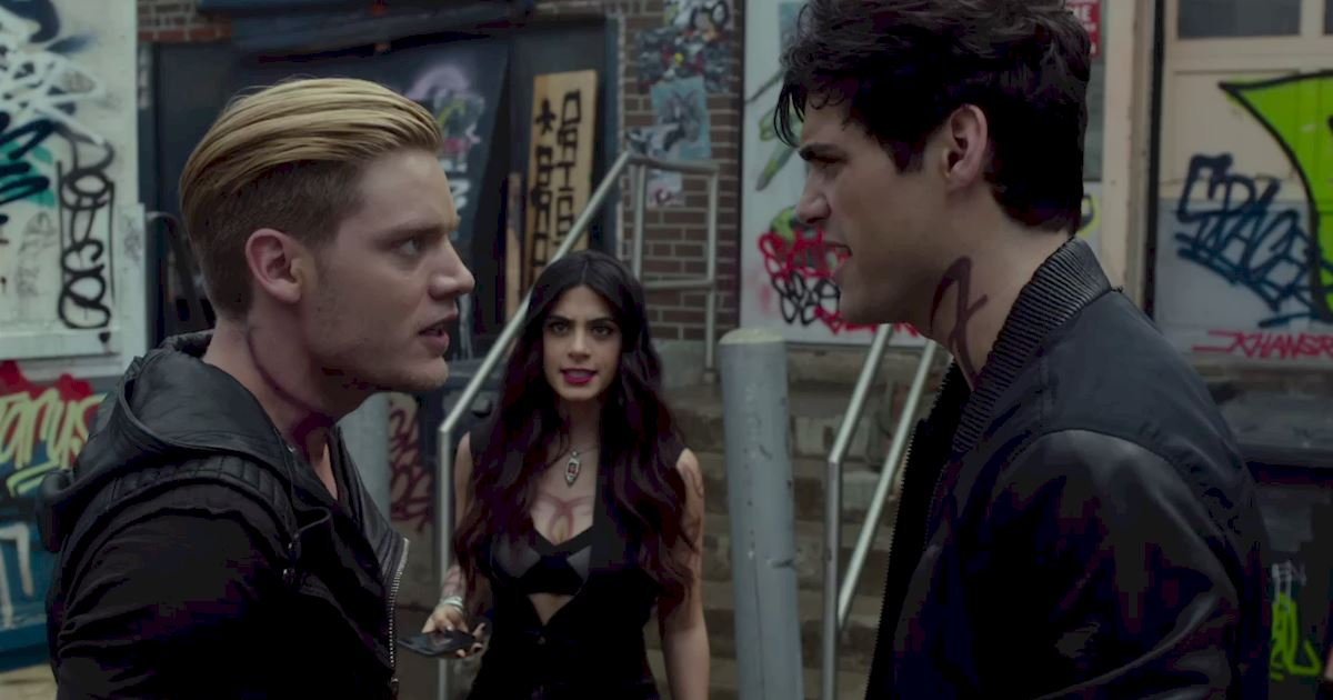 Shadowhunters - 60 Times Izzy And Alec Were Sibling Goals! - 1014