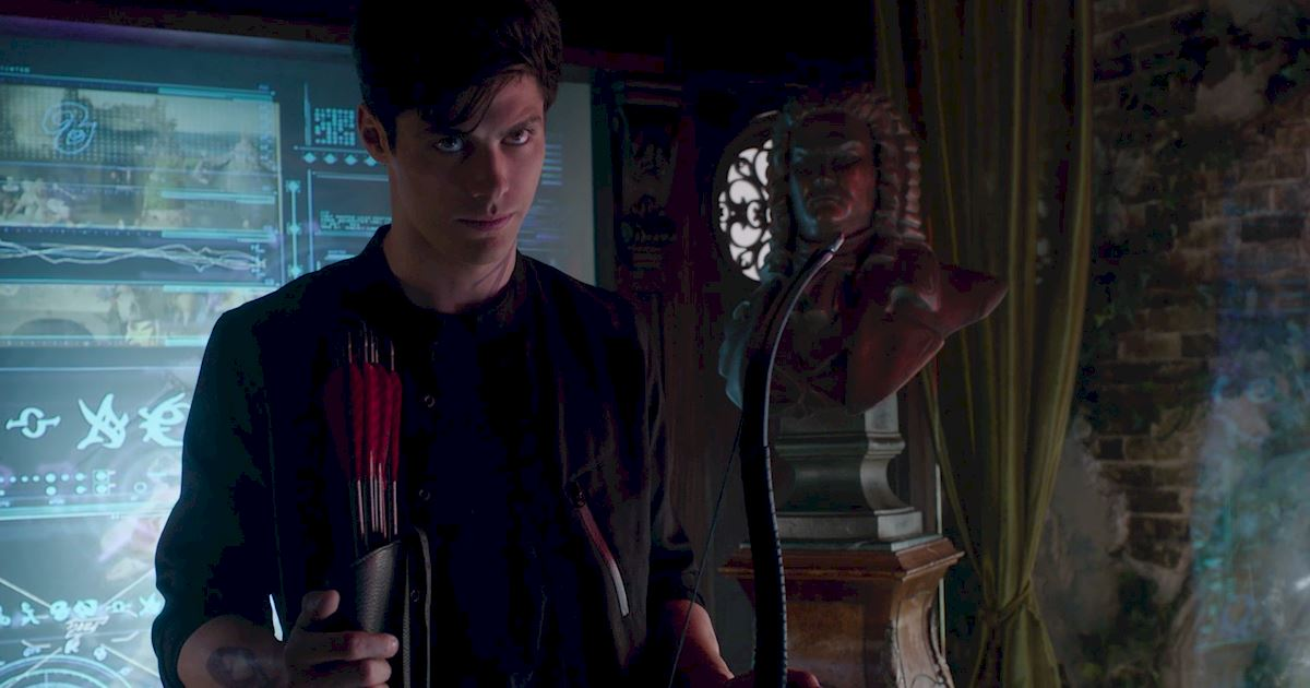 Shadowhunters - 60 Times Izzy And Alec Were Sibling Goals! - 1046
