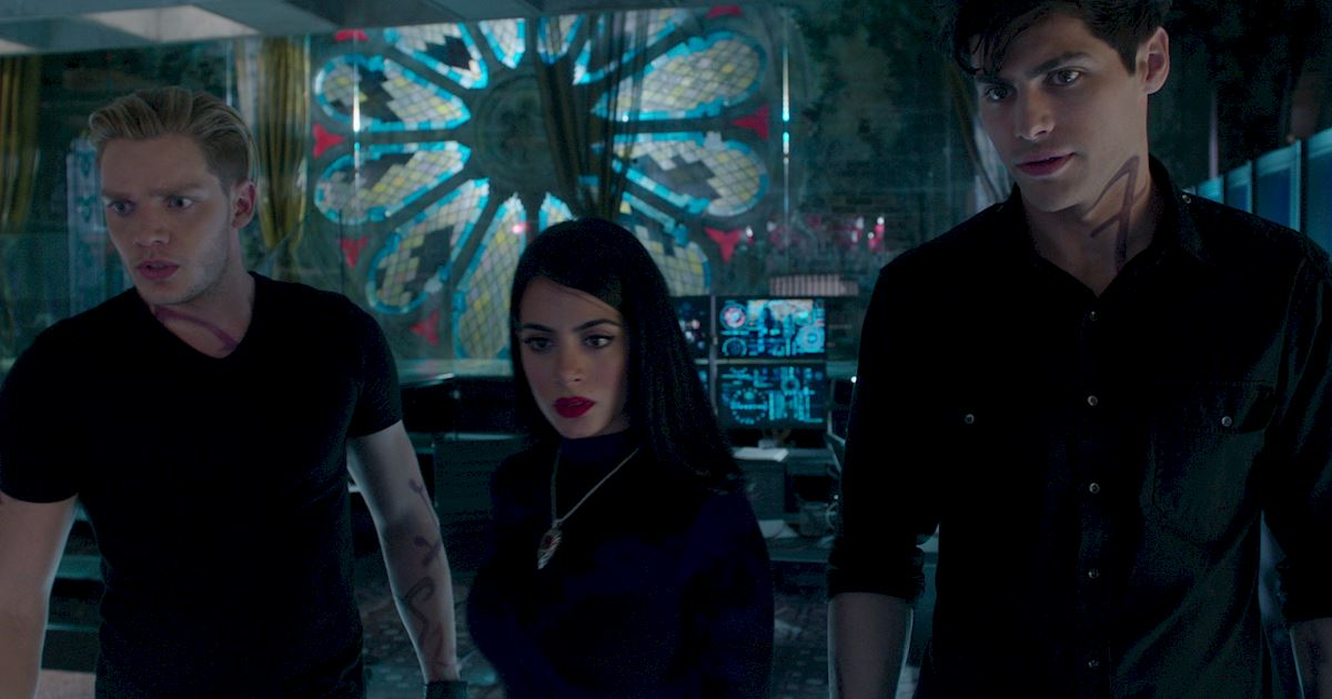 Shadowhunters - 60 Times Izzy And Alec Were Sibling Goals! - 1024
