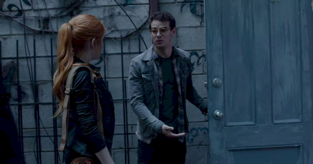 Shadowhunters - 25 Reasons Why Mundane Simon Was An Amazing Friend! - 1020