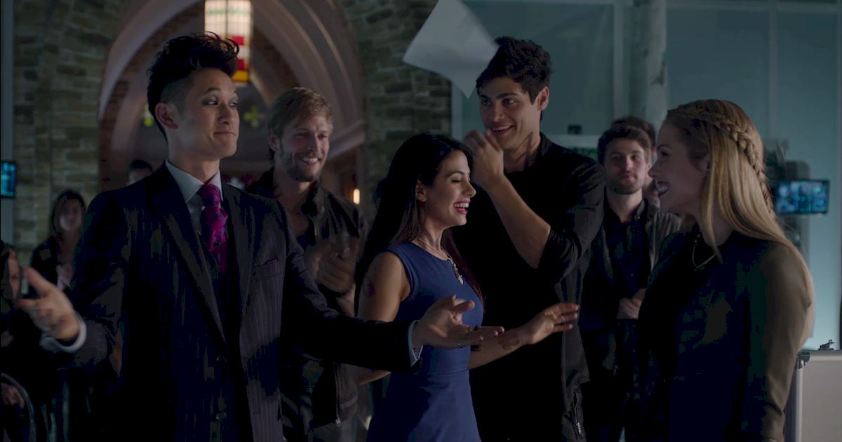 Shadowhunters - 60 Times Izzy And Alec Were Sibling Goals! - 1043