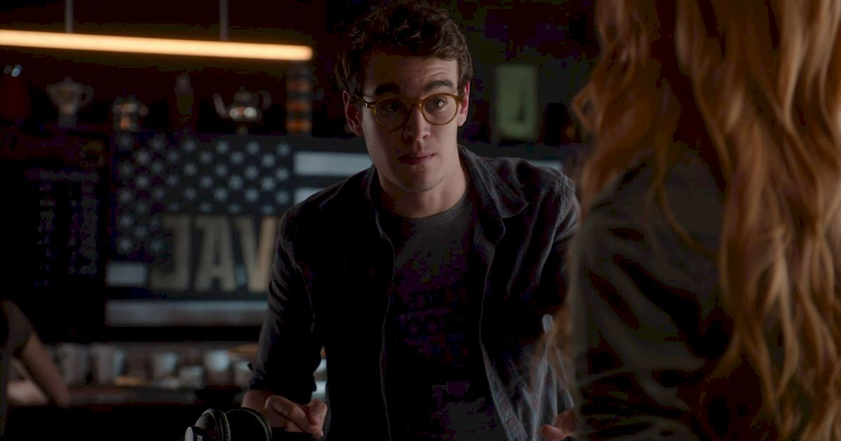 Shadowhunters - 25 Reasons Why Mundane Simon Was An Amazing Friend! - 1001