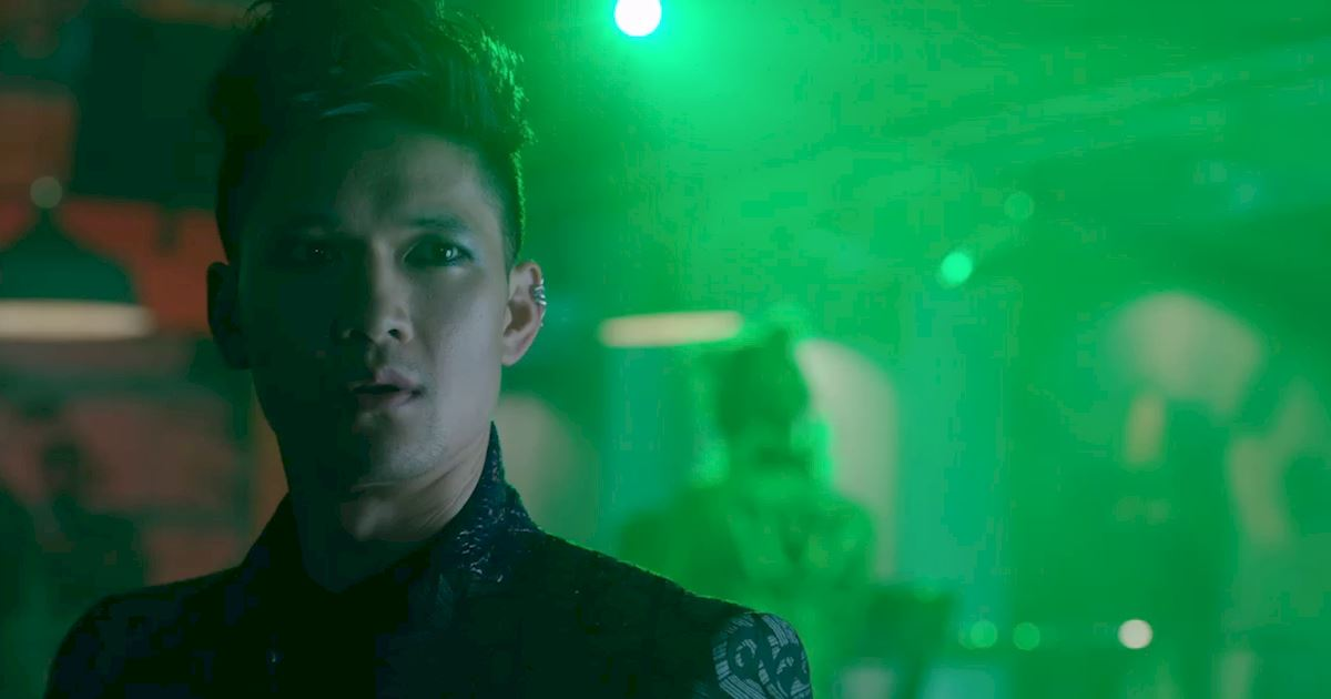 Shadowhunters - The Journey Of Malec Through Season One Is A Total Roller Coaster! - 1004