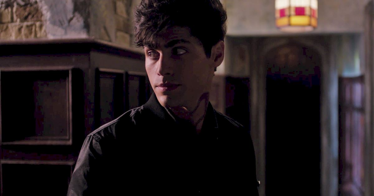 Shadowhunters - The Journey Of Malec Through Season One Is A Total Roller Coaster! - 1030