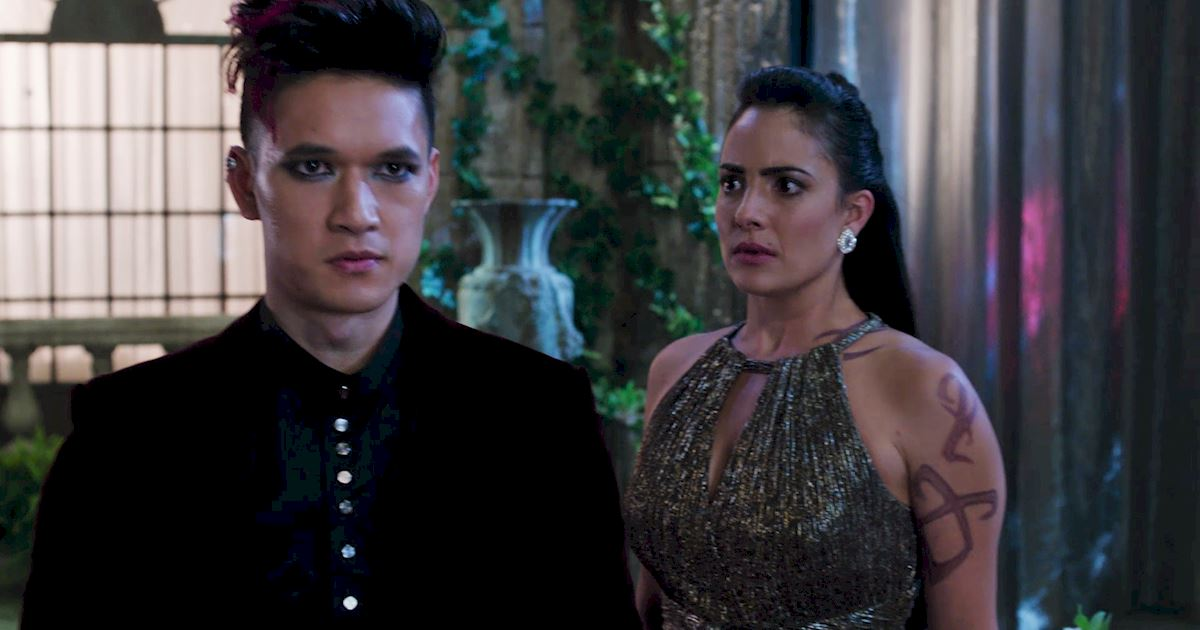 Shadowhunters - The Journey Of Malec Through Season One Is A Total Roller Coaster! - 1048