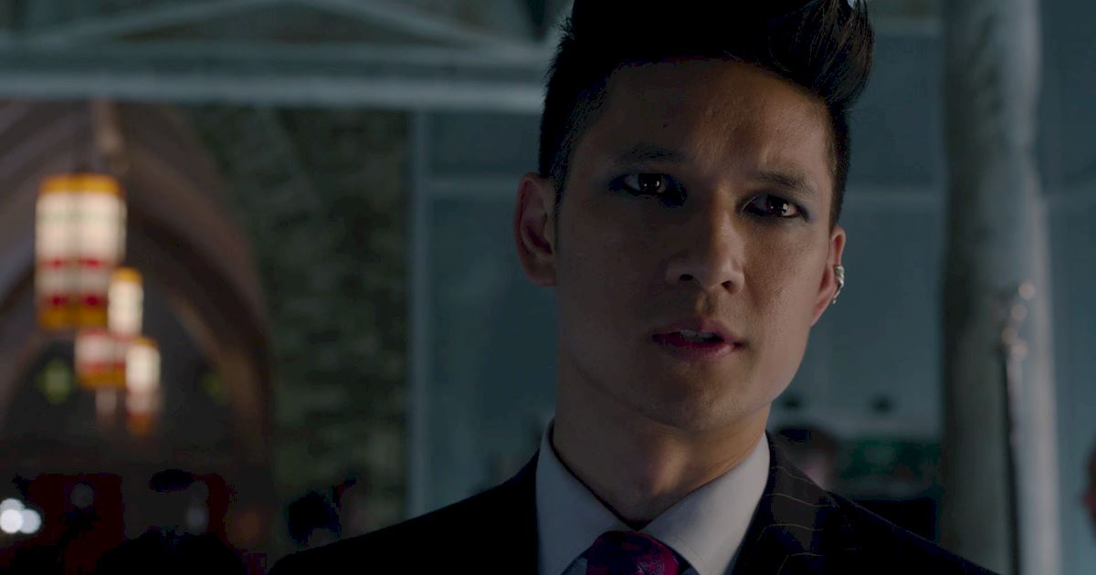 Shadowhunters - The Journey Of Malec Through Season One Is A Total Roller Coaster! - 1036