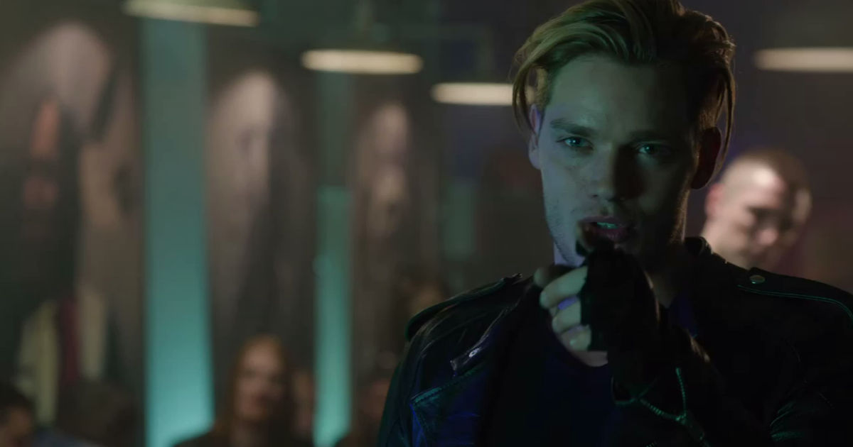 Shadowhunters - 12 Reasons Jace Might Not Be Perfect Boyfriend Material! - 1003