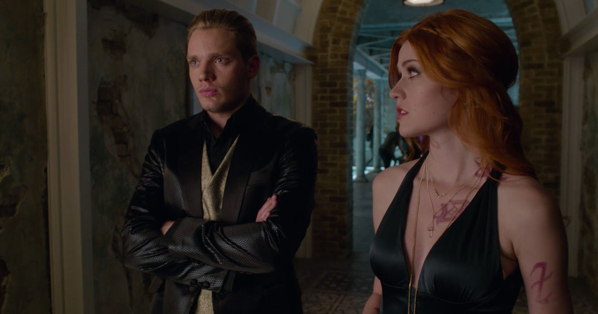 Shadowhunters - 12 Reasons Jace Might Not Be Perfect Boyfriend Material! - 1011