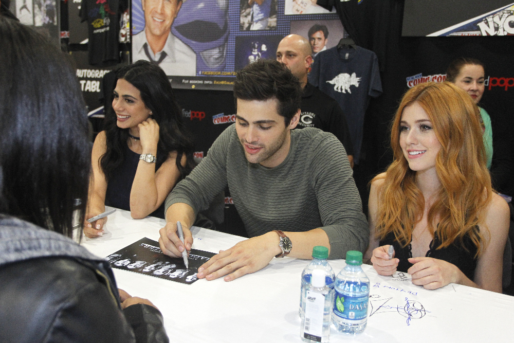 Shadowhunters - The Shadowhunters Stars Were At NYCC And We've Got The Photos To Prove It! - 1003