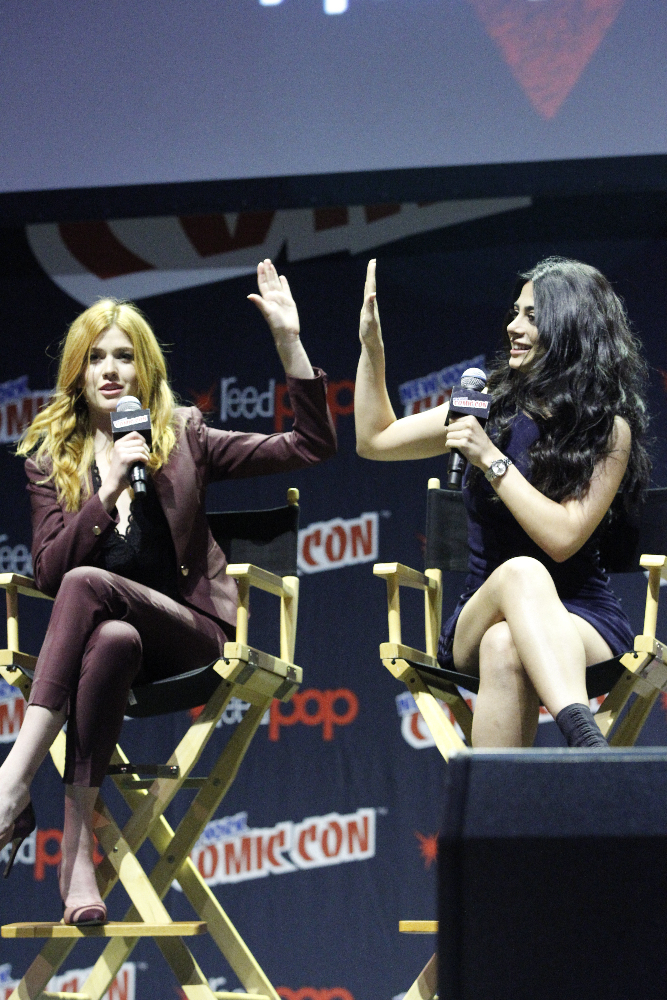 Shadowhunters - The Shadowhunters Stars Were At NYCC And We've Got The Photos To Prove It! - 1013