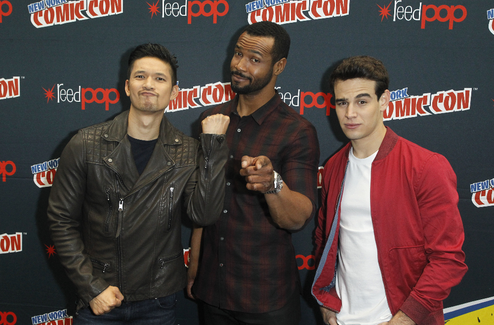 Shadowhunters - The Shadowhunters Stars Were At NYCC And We've Got The Photos To Prove It! - 1008