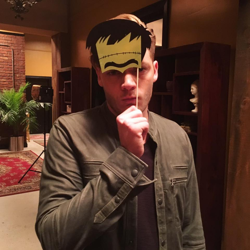 Shadowhunters - Here Are 8 Amazing Shadowhunters Cast Photos To Get You Buzzed For Halloween! - 1003