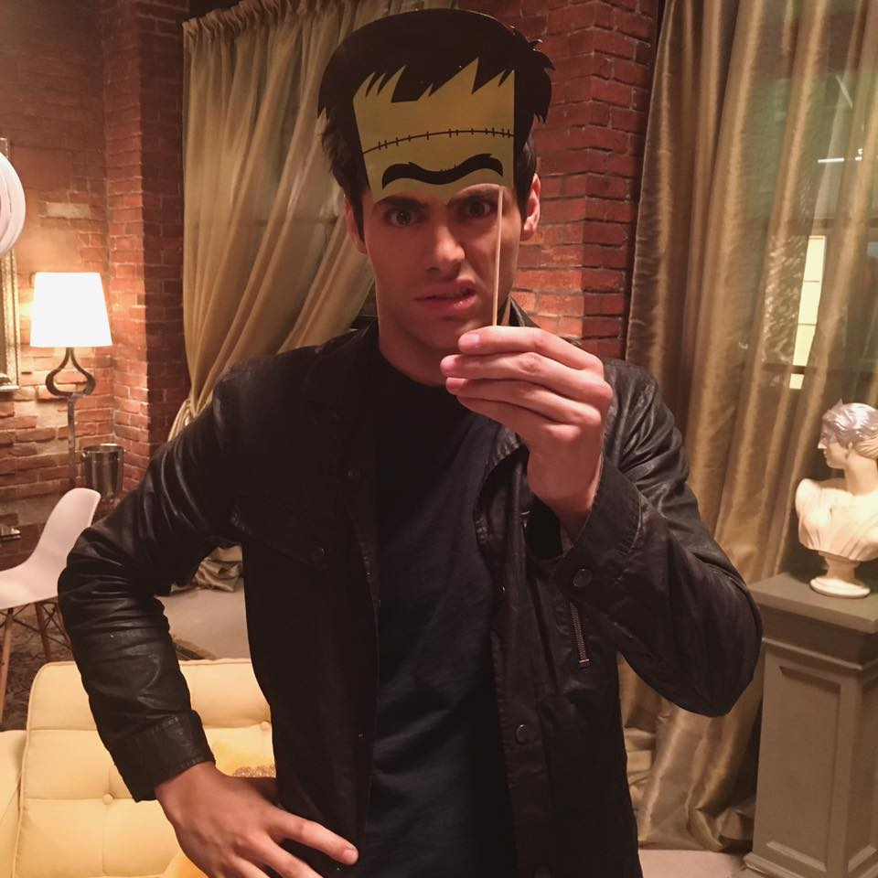 Shadowhunters - Here Are 8 Amazing Shadowhunters Cast Photos To Get You Buzzed For Halloween! - 1007