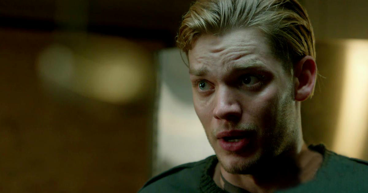 Shadowhunters - The New Season 2 Trailer And Our Complete Breakdown Of What It Really Means! - 1005