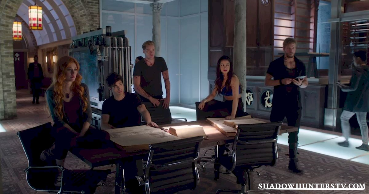 Shadowhunters - 17 Amazing Moments You Might Have Missed from Episode Four! - 1004