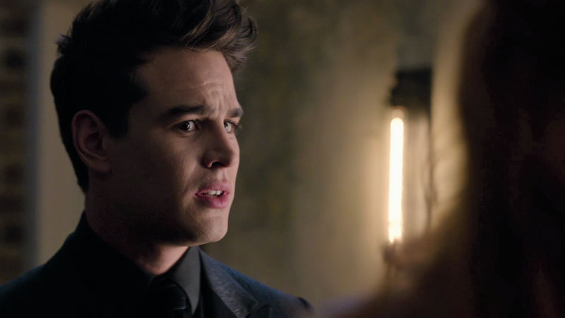 Shadowhunters - 10 New Year's Resolutions We All Fail At Every Year - Thumb