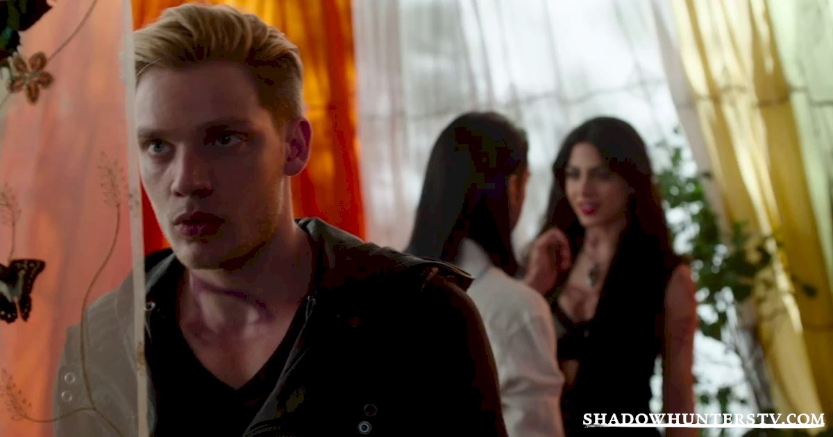 Shadowhunters - 30 Big Things We Learned From Episode Five - 1017